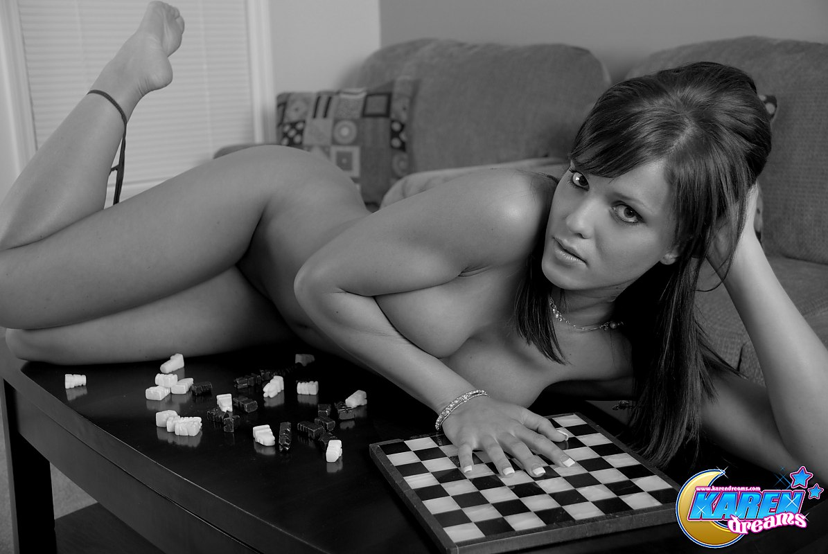 Sexy women chess players nude boob