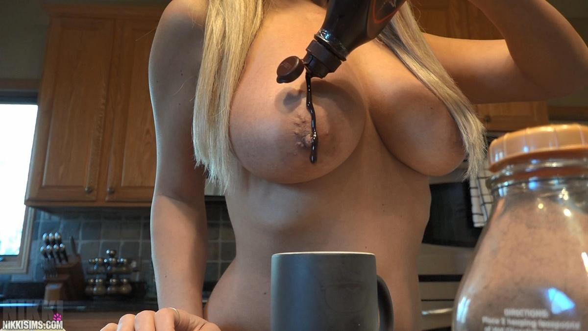 Watch mommy's chocolate milk tits